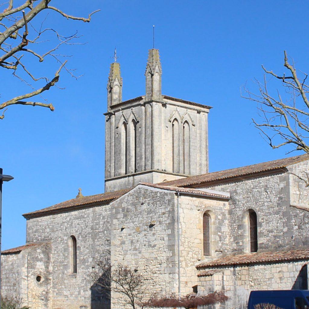 Eglise St Saturnin a Meschers sur Gironde